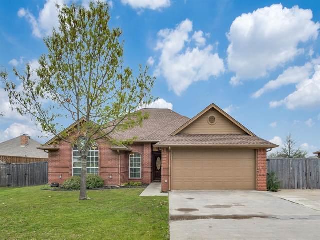 1213 E 6th Street, Krum, TX 76249 (MLS #14306641) :: The Mauelshagen Group