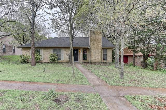 702 Southwood Drive, Duncanville, TX 75137 (MLS #14306646) :: Roberts Real Estate Group