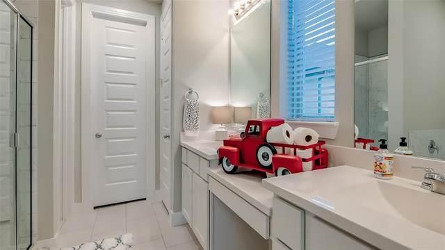3916 Big Prairie Drive, Aubrey, TX 76227 (MLS #14307281) :: Real Estate By Design