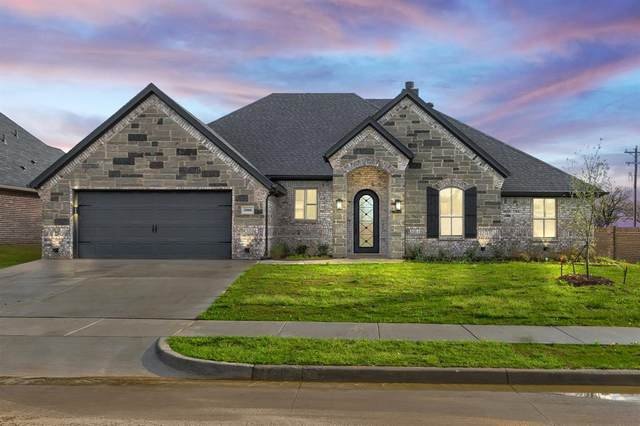 3000 Capital Hill Drive, Burleson, TX 76028 (MLS #14307522) :: The Chad Smith Team