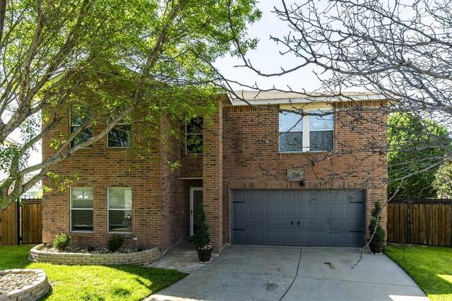 5205 New Castleton Lane, Fort Worth, TX 76135 (MLS #14307790) :: The Kimberly Davis Group