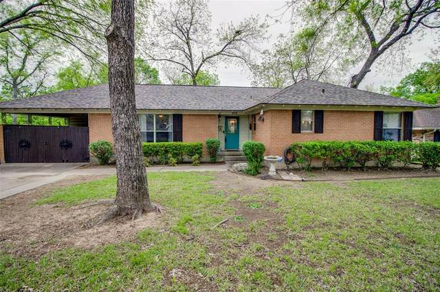 909 Saturn Springs Drive, Garland, TX 75041 (MLS #14308003) :: The Chad Smith Team