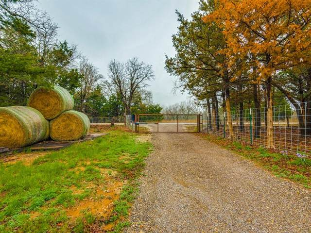 441 County Road 2590, Alvord, TX 76225 (MLS #14308084) :: Baldree Home Team