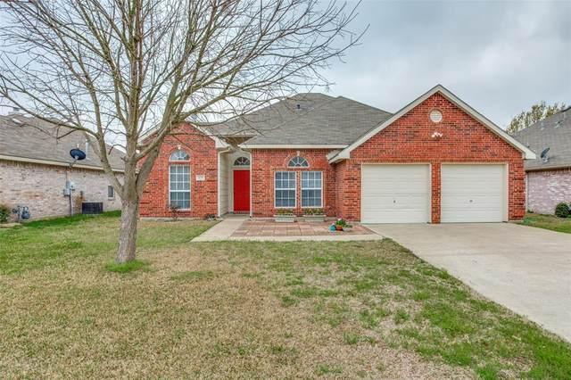 209 Larkspur Drive, Forney, TX 75126 (MLS #14308619) :: The Mauelshagen Group