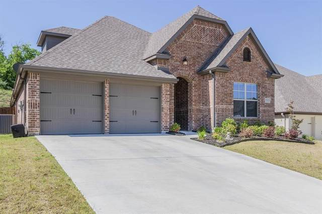 553 Inwood Street, Benbrook, TX 76126 (MLS #14308938) :: The Heyl Group at Keller Williams