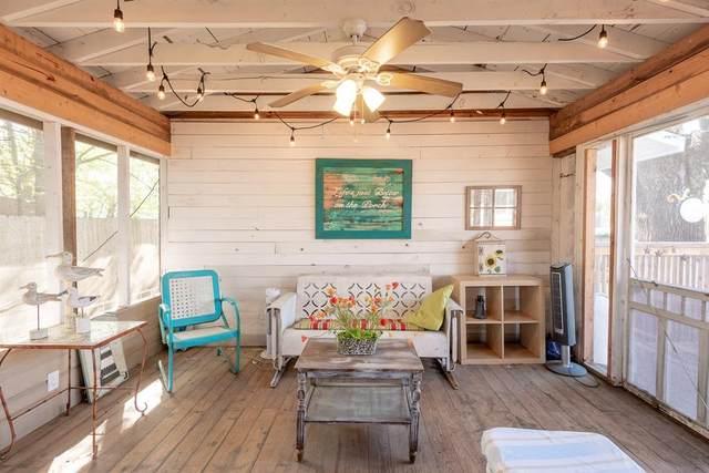 1100 Warden Street, Benbrook, TX 76126 (MLS #14308962) :: Potts Realty Group