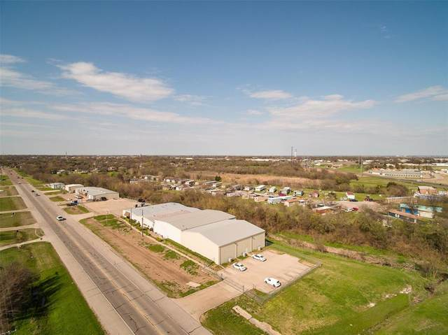 1212 S Clay Street, Ennis, TX 75119 (MLS #14309354) :: Post Oak Realty