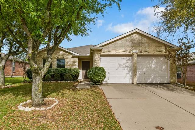 3912 Vinyard Way, Denton, TX 76226 (MLS #14309431) :: Trinity Premier Properties