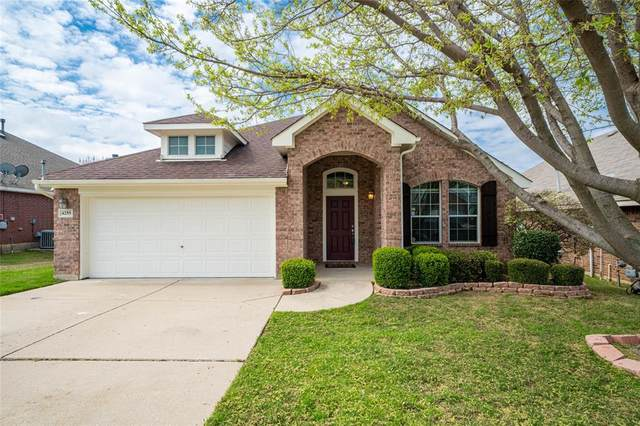 4255 Fall Creek Drive, Grand Prairie, TX 75052 (MLS #14309608) :: The Chad Smith Team