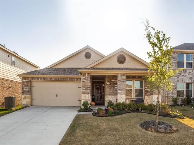2616 Wesley Avenue, Aubrey, TX 76227 (MLS #14309681) :: Post Oak Realty
