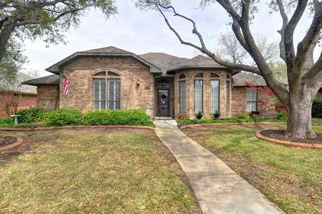 2523 Belmeade Drive, Carrollton, TX 75006 (MLS #14309864) :: NewHomePrograms.com LLC