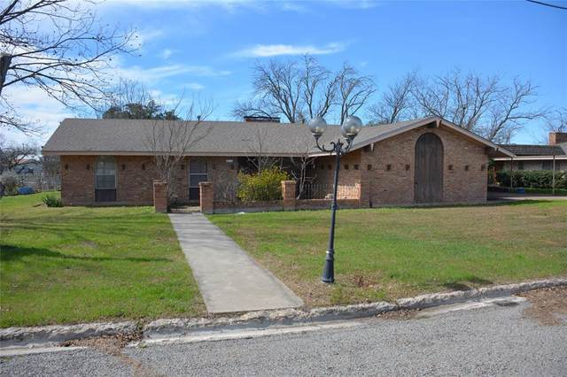 1705 Reynolds, Goldthwaite, TX 76844 (MLS #14309865) :: RE/MAX Landmark