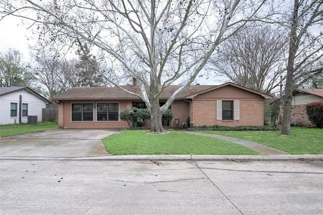1424 Austin Drive, Ennis, TX 75119 (MLS #14309868) :: The Good Home Team