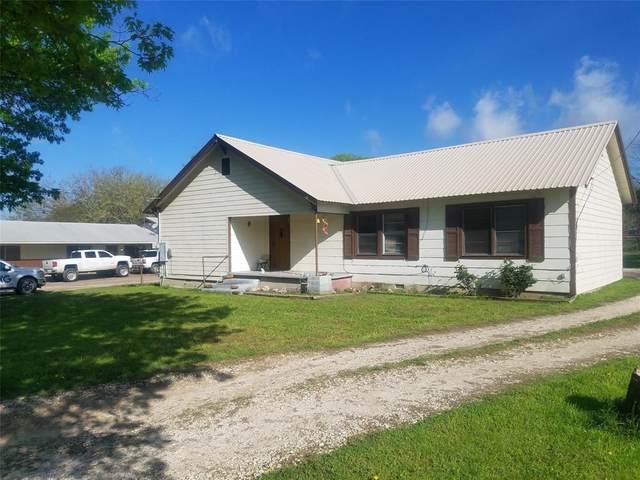 1710 W Peach Street, Goldthwaite, TX 76844 (MLS #14310171) :: The Hornburg Real Estate Group