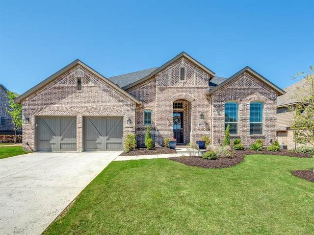 1137 Broadmoor Way, Roanoke, TX 76262 (MLS #14310174) :: The Kimberly Davis Group