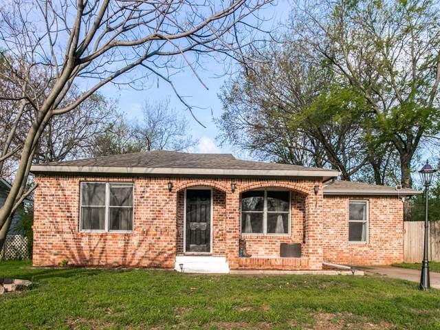 309 Terry Road, Hurst, TX 76053 (MLS #14310421) :: The Kimberly Davis Group