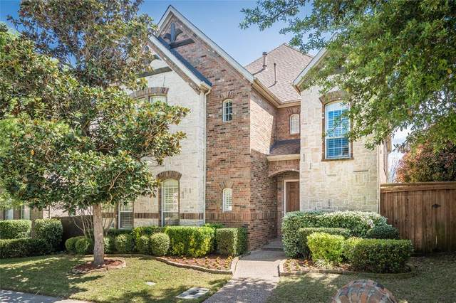 3348 Kendall Lane, Irving, TX 75062 (MLS #14310561) :: Justin Bassett Realty