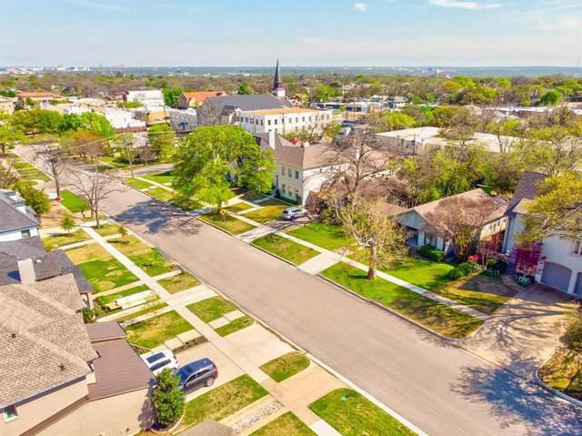 4817 Dexter Avenue, Fort Worth, TX 76107 (MLS #14310735) :: Team Tiller