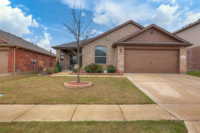 629 River Rock Drive, Azle, TX 76020 (MLS #14310801) :: All Cities USA Realty