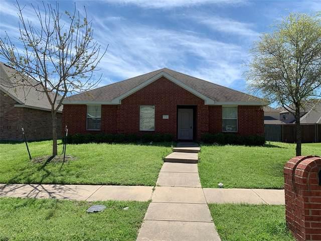 715 Locustberry Drive, Red Oak, TX 75154 (MLS #14310940) :: The Kimberly Davis Group
