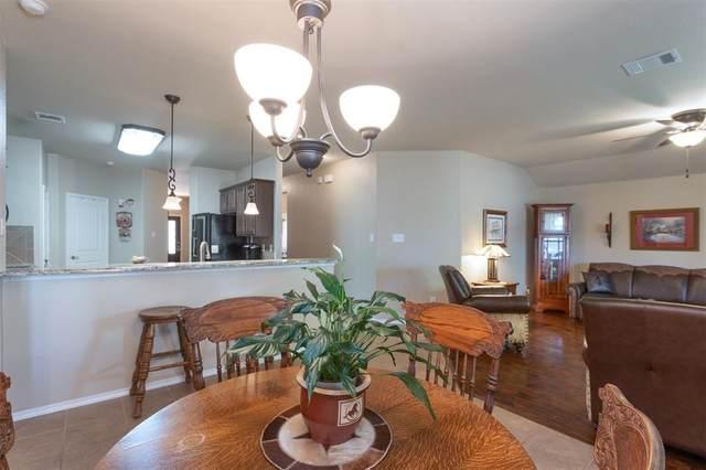 5550 Crestwood Drive, Prosper, TX 75078 (MLS #14310953) :: Real Estate By Design