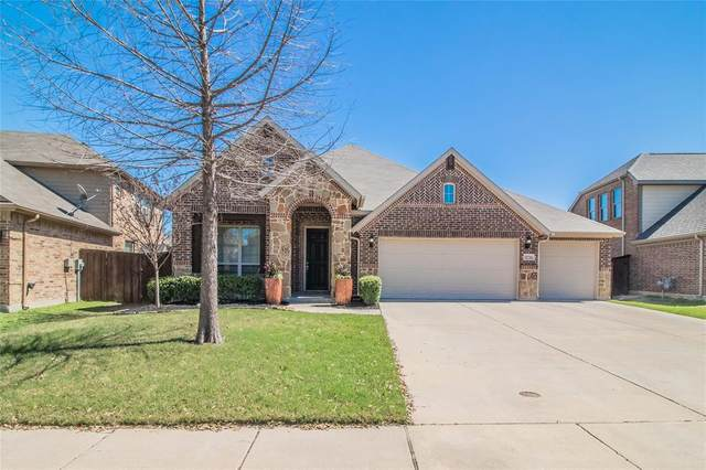 12716 Homestretch Drive, Fort Worth, TX 76244 (MLS #14311243) :: The Kimberly Davis Group
