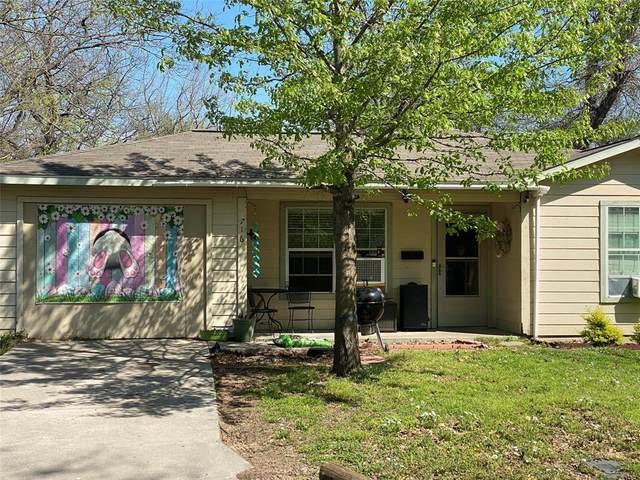716 W 9th Street, Bonham, TX 75418 (MLS #14311326) :: Ann Carr Real Estate
