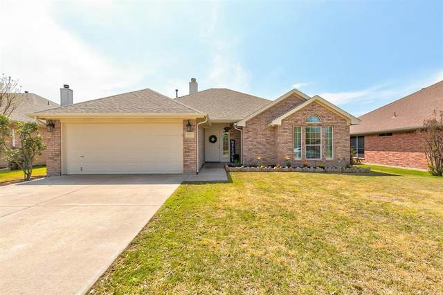 717 Park Ridge Drive, Cleburne, TX 76033 (MLS #14311744) :: The Chad Smith Team