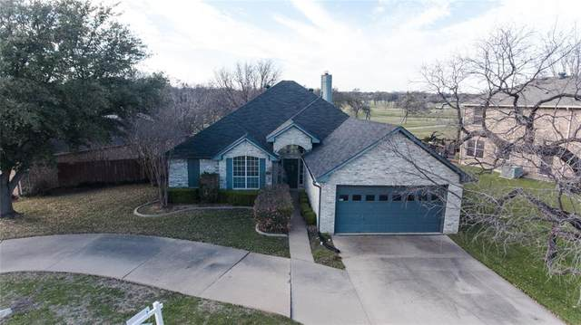 1216 Kentucky Drive, Grand Prairie, TX 75052 (MLS #14311747) :: The Chad Smith Team