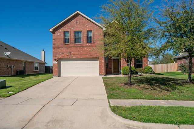 1228 Shelley Drive, Burleson, TX 76028 (MLS #14312118) :: The Chad Smith Team