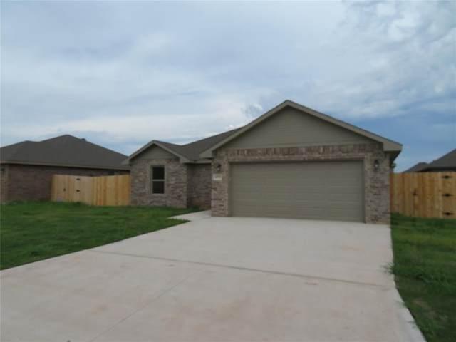 6933 Jennings Drive, Abilene, TX 79606 (MLS #14312187) :: Real Estate By Design