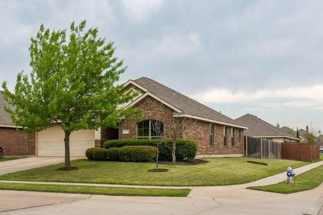 225 Rawhide Street, Waxahachie, TX 75165 (MLS #14312203) :: NewHomePrograms.com LLC