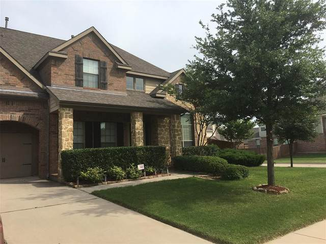 2227 Horned Owl Street, Grand Prairie, TX 75052 (MLS #14312282) :: RE/MAX Landmark