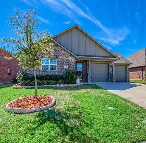 64 Kramer Lane, Sanger, TX 76266 (MLS #14312419) :: The Mauelshagen Group
