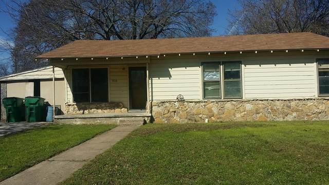 908 N Lamb Street, Bowie, TX 76230 (MLS #14312664) :: SubZero Realty