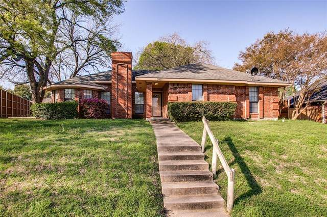 3813 Creststone Drive, Garland, TX 75040 (MLS #14312667) :: All Cities USA Realty