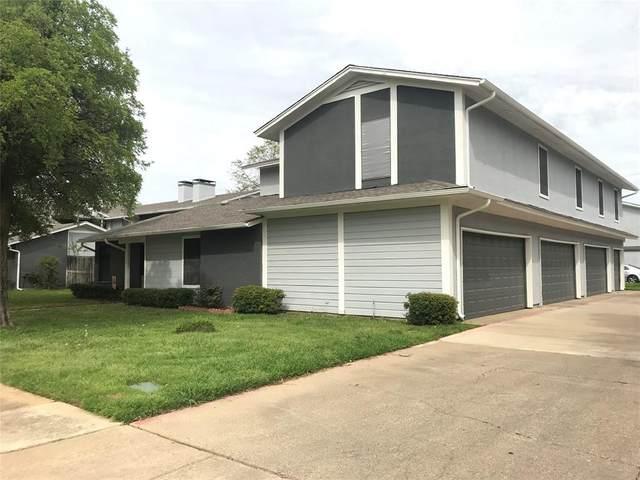 616 Ridgeline Drive, Hurst, TX 76053 (MLS #14312685) :: The Kimberly Davis Group