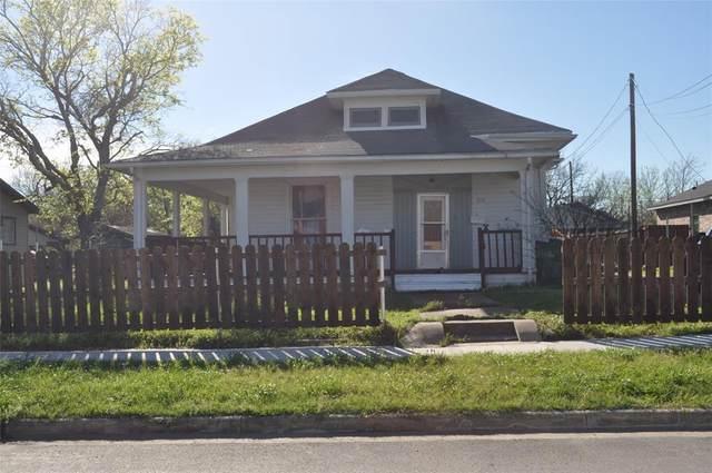 2108 Speedway Street, Greenville, TX 75401 (MLS #14312717) :: Tenesha Lusk Realty Group