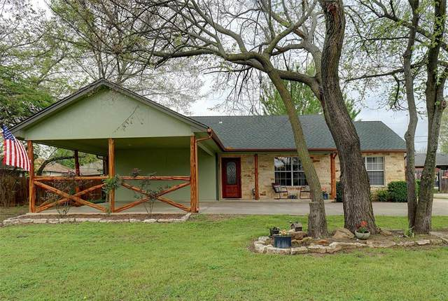 617 N Avenue D, Springtown, TX 76082 (MLS #14312806) :: NewHomePrograms.com LLC