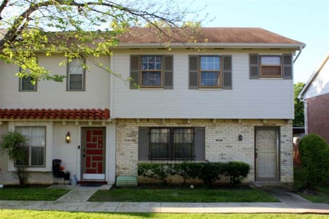 57 W Townhouse Lane #18, Grand Prairie, TX 75052 (MLS #14312817) :: The Chad Smith Team