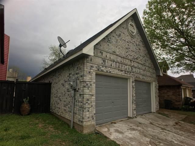 9415 Gossage Lane, Dallas, TX 75227 (MLS #14312950) :: Post Oak Realty
