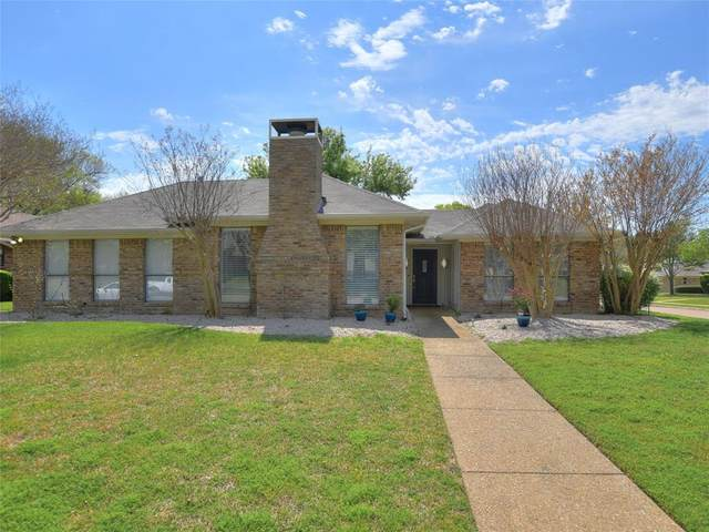 3832 Grifbrick Drive, Plano, TX 75075 (MLS #14312984) :: The Mauelshagen Group