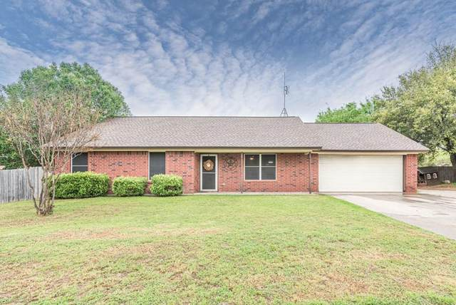 312 Martha Street, Springtown, TX 76082 (MLS #14313265) :: The Hornburg Real Estate Group