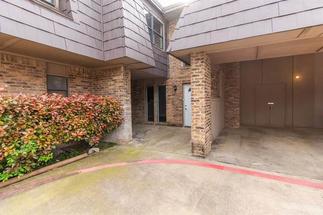 207 E Harwood Road #10, Euless, TX 76039 (MLS #14313287) :: The Chad Smith Team