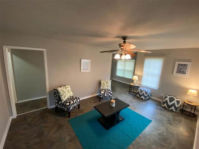4723 Bartlett Avenue, Dallas, TX 75216 (MLS #14313539) :: Real Estate By Design