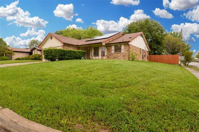 915 Freestone Drive, Arlington, TX 76017 (MLS #14313553) :: Real Estate By Design