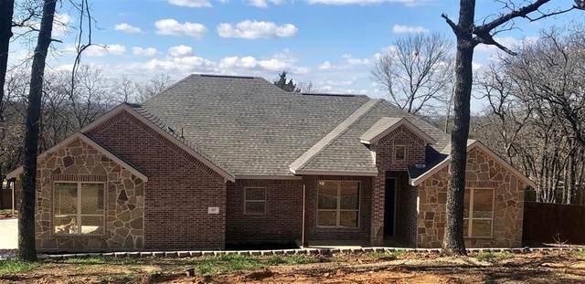 527 Shady Oaks Trail, Burleson, TX 76028 (MLS #14313979) :: The Kimberly Davis Group