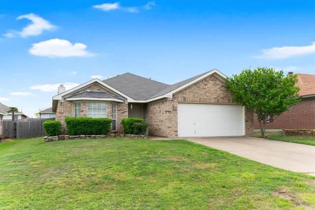 1719 Tonya May Lane, Mansfield, TX 76063 (MLS #14314028) :: The Sarah Padgett Team