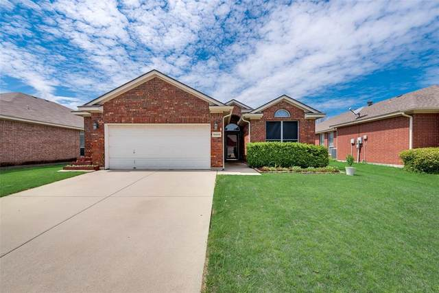 10609 Foothill Drive, Fort Worth, TX 76131 (MLS #14314517) :: All Cities USA Realty