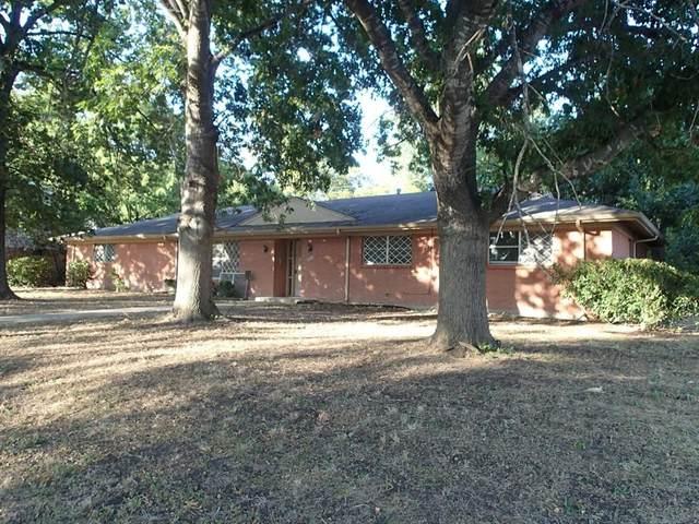 2600 Driftwood Street, Waco, TX 76706 (MLS #14314556) :: Team Tiller